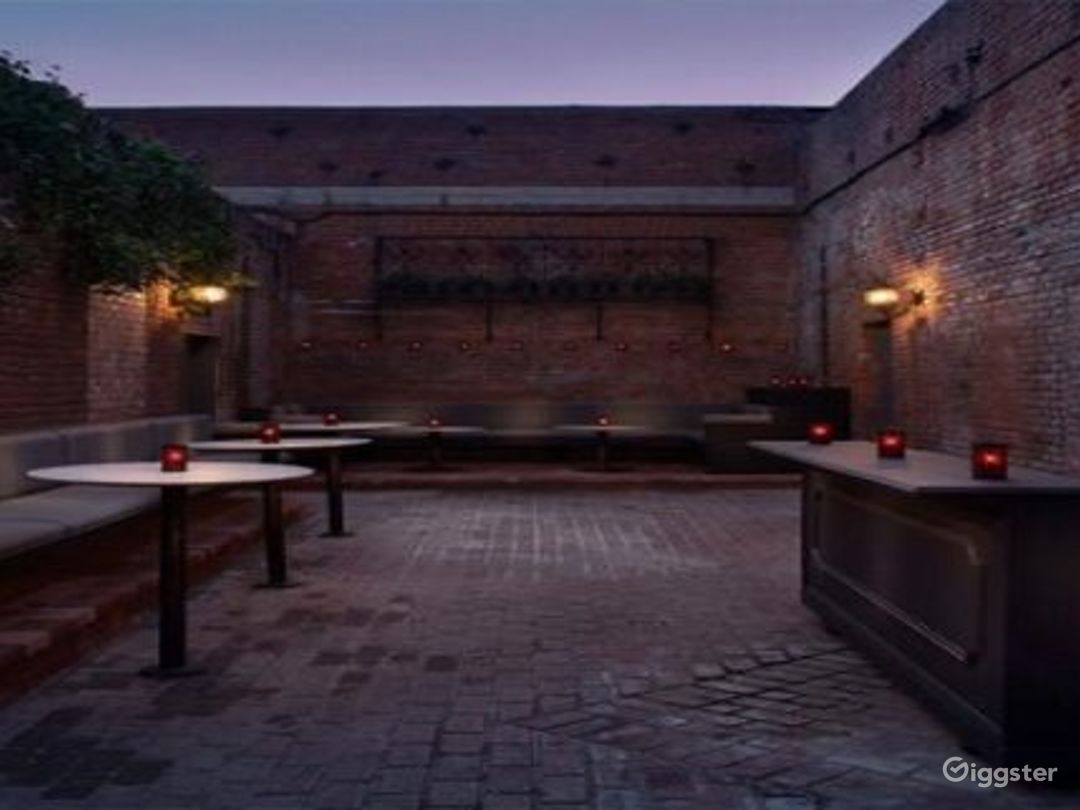 Expansive Outdoor Patio Bar Event Space Photo 1