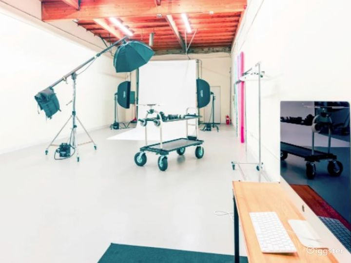 State of the Art Photography Studio in San Diego Photo 4