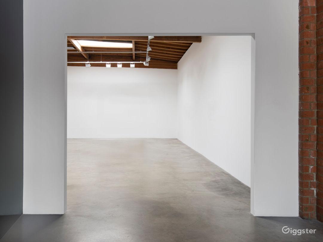 Contemporary Culver City Gallery Space  Photo 3