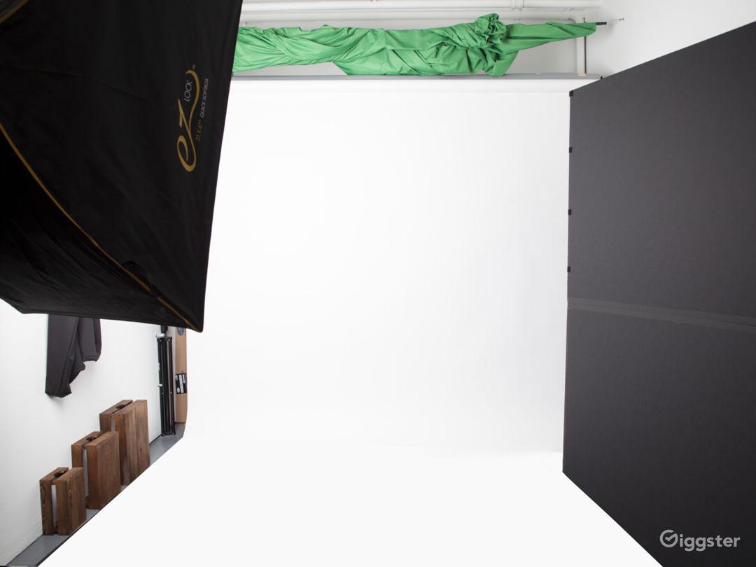 Photo & Video Studio for Rental Photo 3