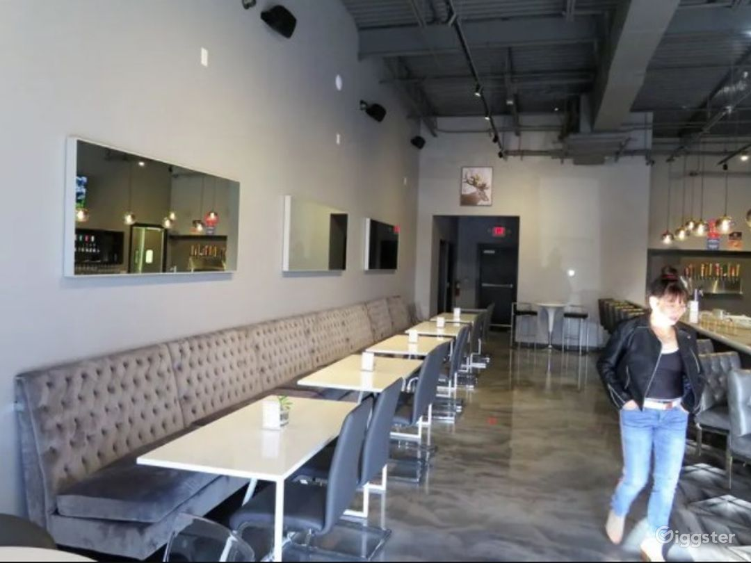 Upscale Wine and Craft beer Restaurant Photo 1
