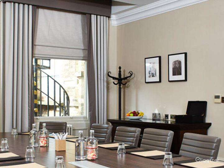 Ideal Boardroom in York Photo 5