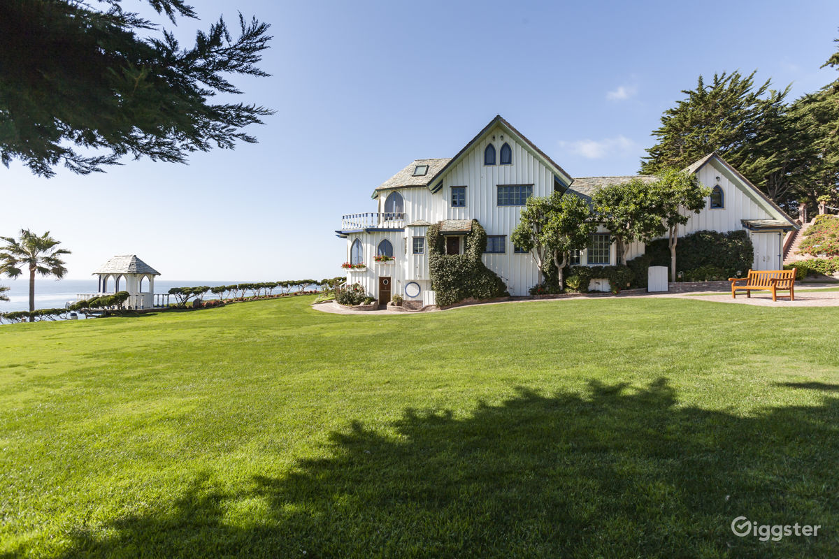 Victorian Estate with Private Beach Frontage in Malibu Los Angeles Rental