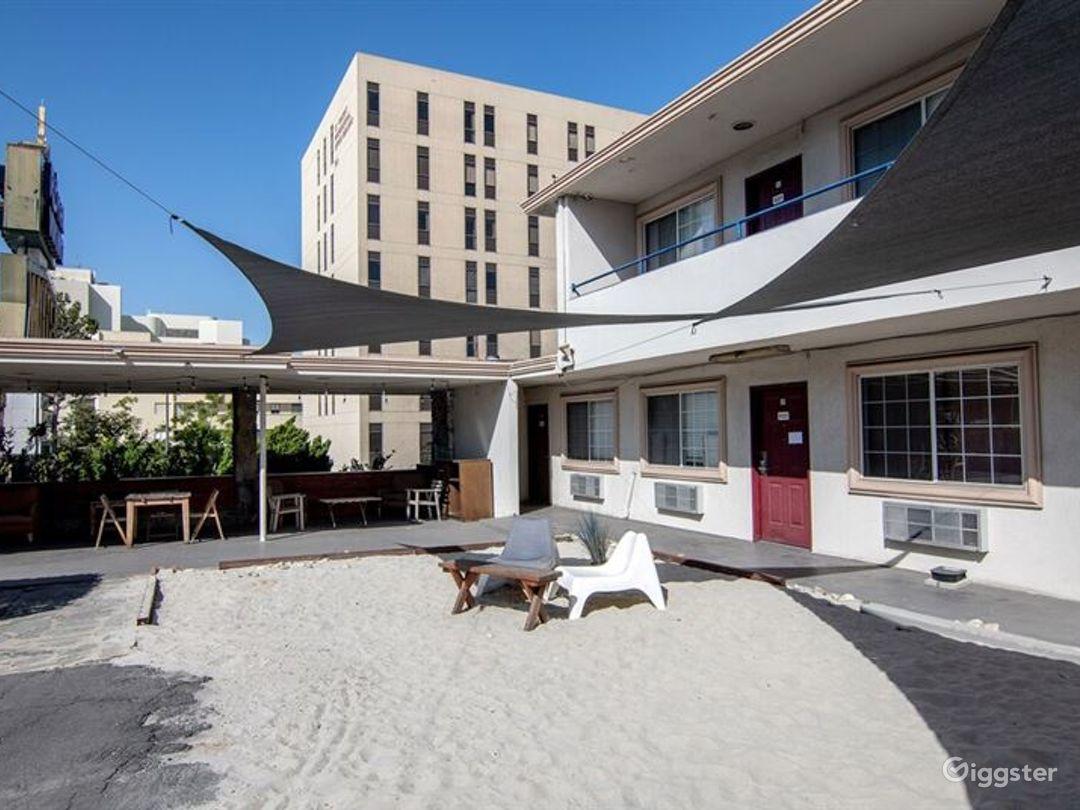 Beach Style Patio in LA Photo 1