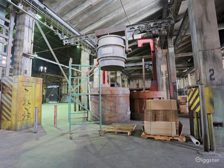 The Colony Warehouse Photo 5