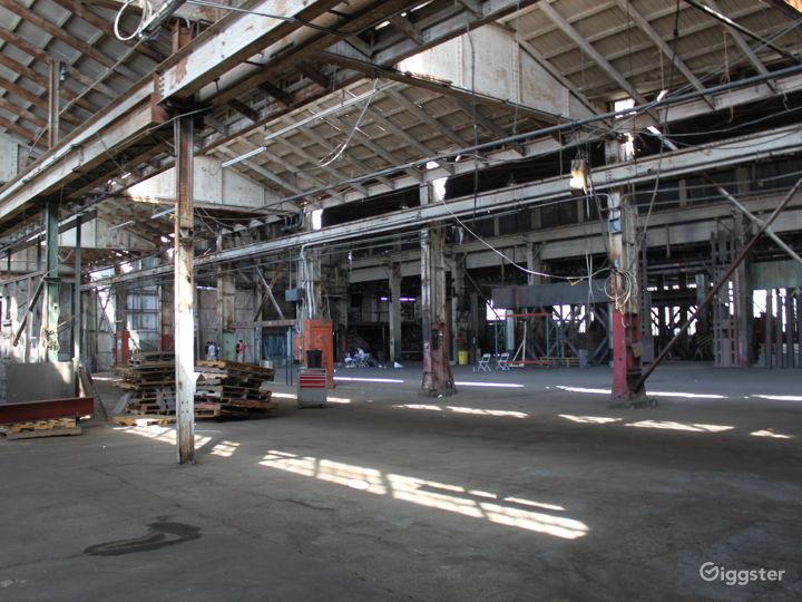 The Colony Warehouse Photo 4