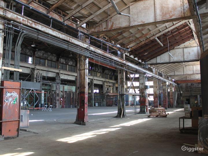 The Colony Warehouse Photo 3