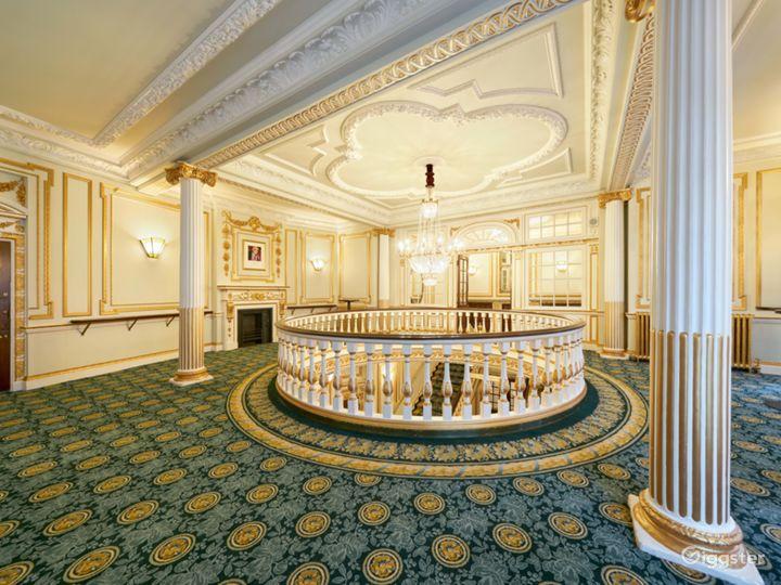 Majestic Theatre in London  Photo 5