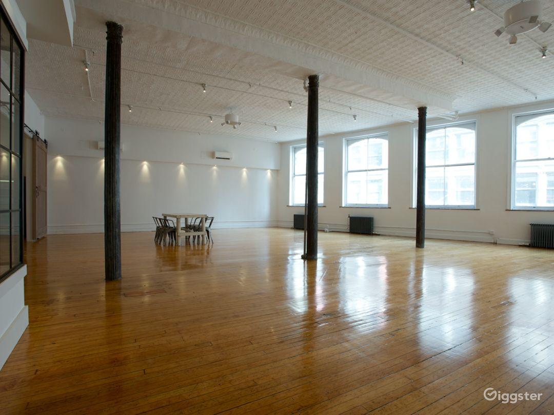 Tin-ceilinged NYC Loft Studio Photo 1