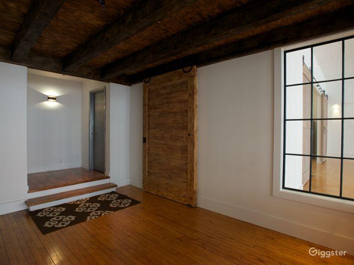 Tin-ceilinged NYC Loft Studio Photo 5