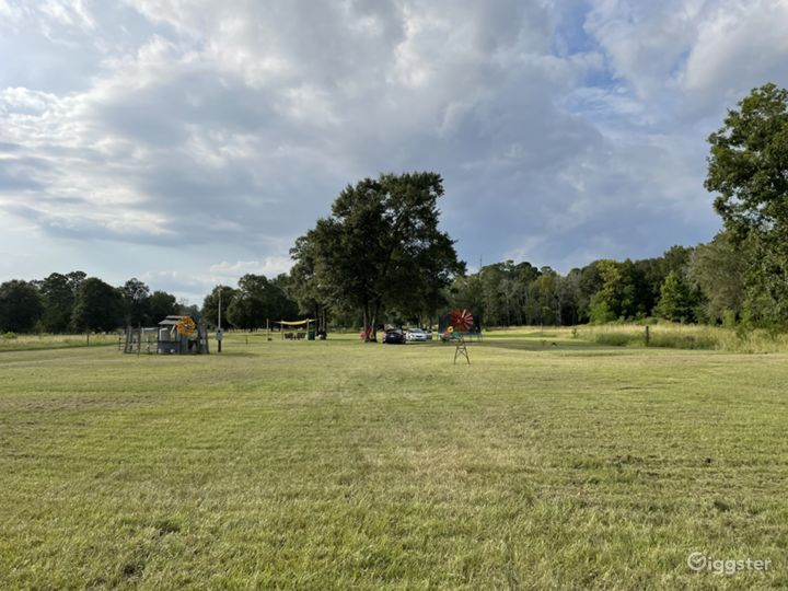 4 acres of open land with pond for any event  Photo 5
