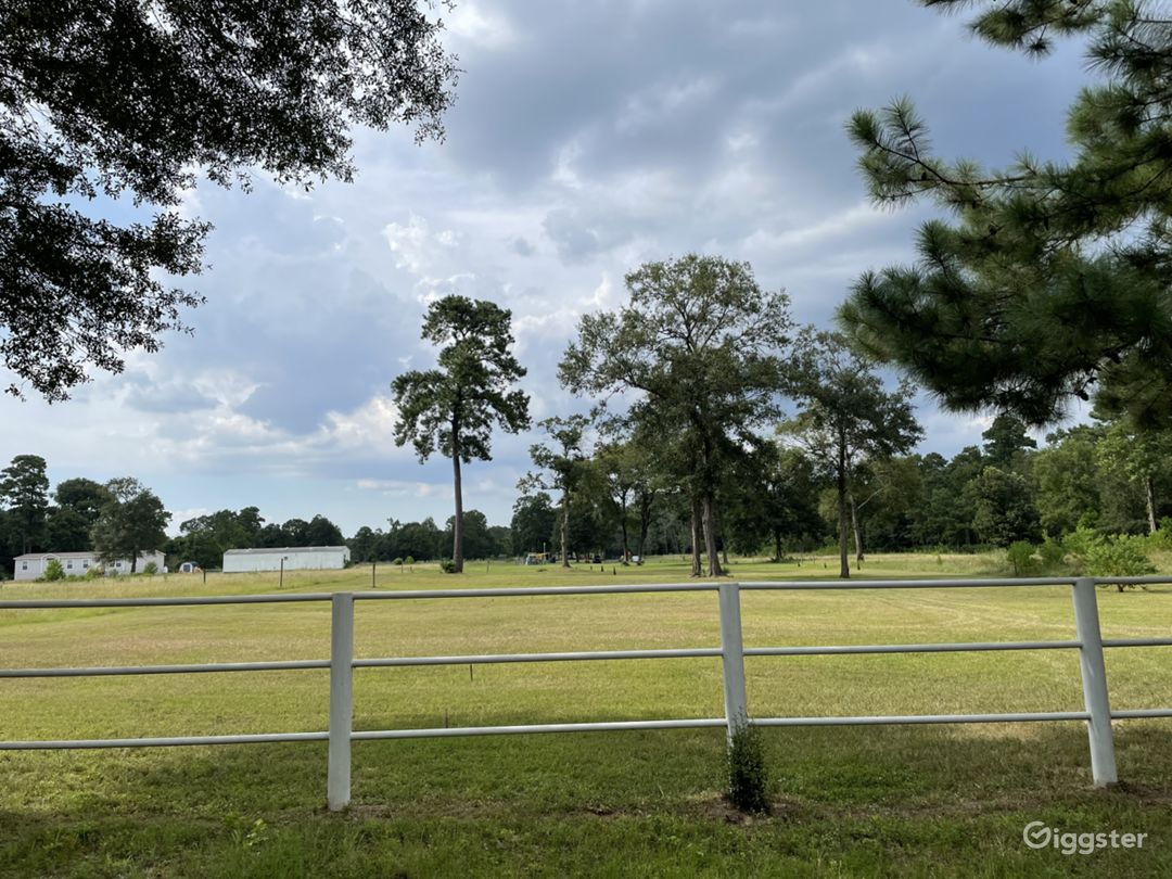 4 acres of open land with pond for any event  Photo 1