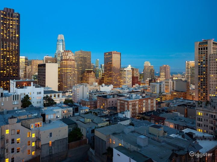 Epic Roof Top with San Francisco Skyline Views Photo 2