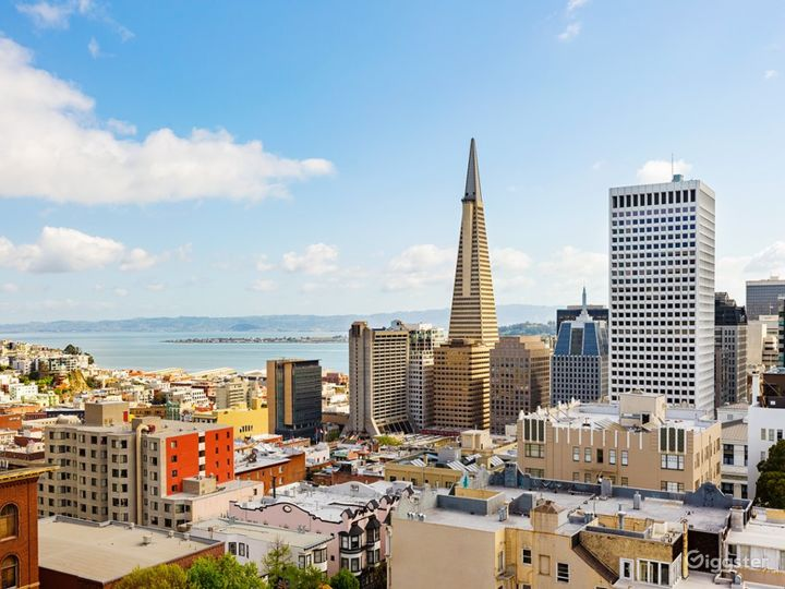 Epic Roof Top with San Francisco Skyline Views