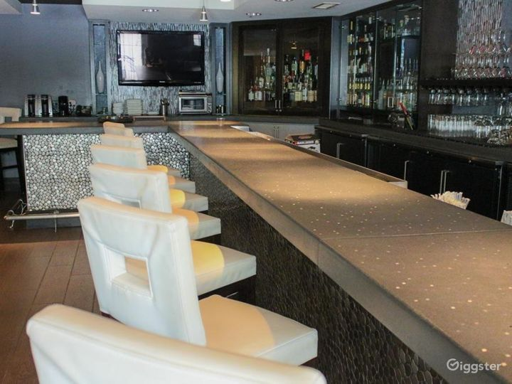 Indoor Meeting and Event Cafe Space in Atlanta Photo 4
