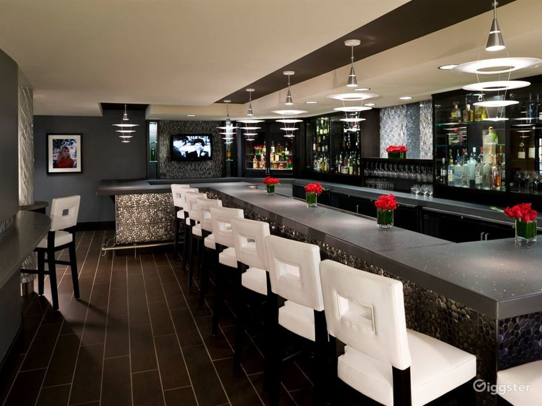 Indoor Meeting and Event Cafe Space in Atlanta Photo 1