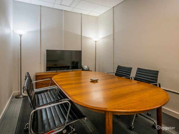 Marconi Classic Small Size Conference Room  Photo 4