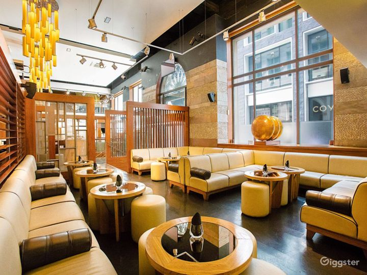 Stylish and Contemporary Modern Indian Restaurant Photo 2