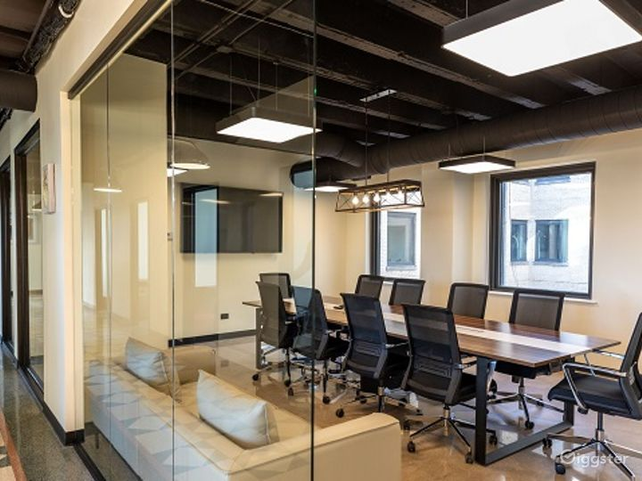 Conference Room in the heart of Wicker Park Photo 3