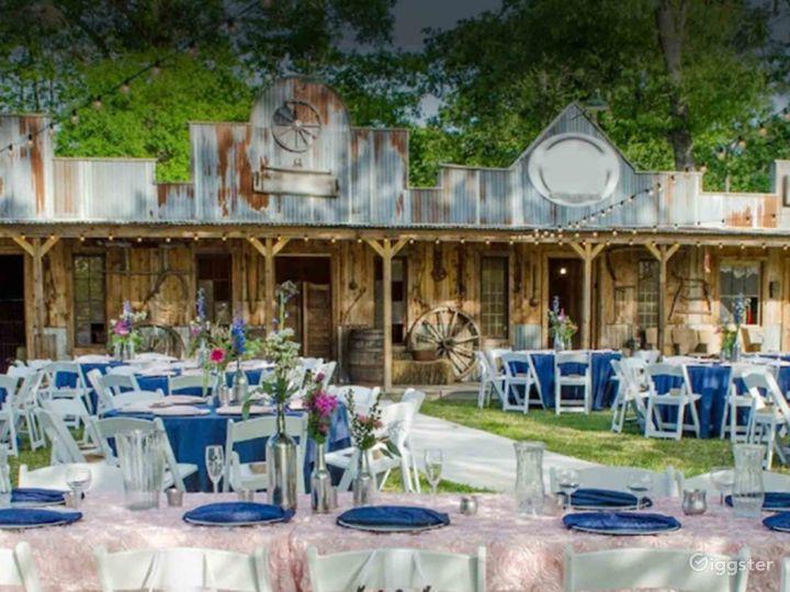 Charming Outdoor Venue in Conroe Photo 2