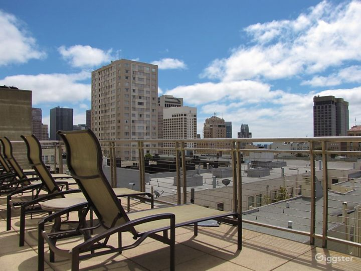 Nob Hill Spa Balcony with City Views Photo 2