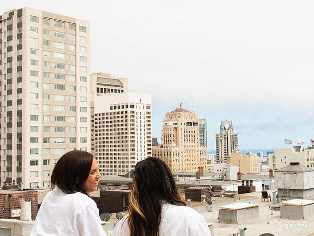 Nob Hill Spa Balcony with City Views Photo 1