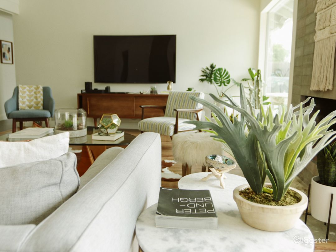 Beautiful Mid Century House-PERFECT SPACE 4 SHOOTS Photo 2