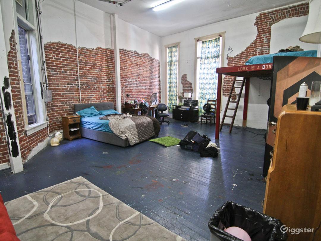 NYC Style Loft Photo 2
