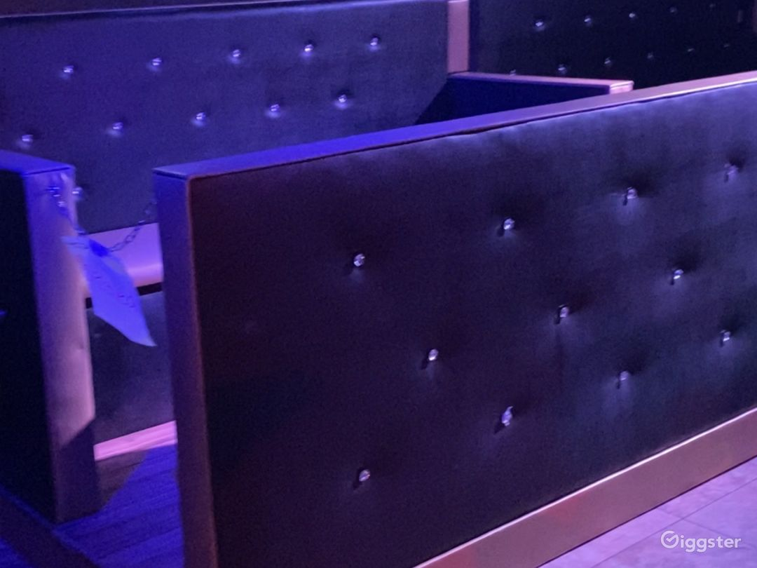 Luxury Ultra Lounge Photo 1