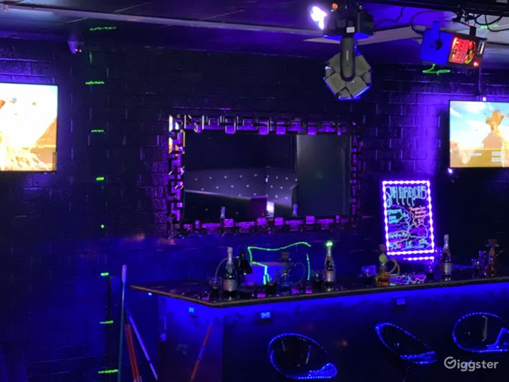 Luxury Ultra Lounge Photo 4