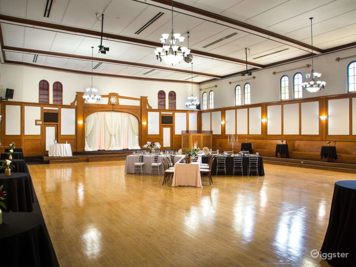 Historical Spacious Ballroom with Additional Rooms and Lobby Photo 2