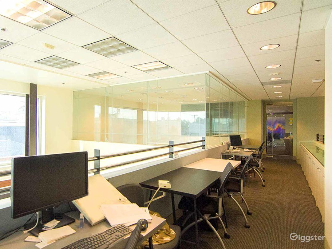 Private Desks in Santa Monica Photo 1