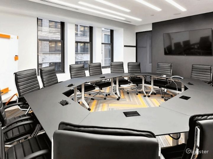Fifth Avenue Confrence Room Photo 5