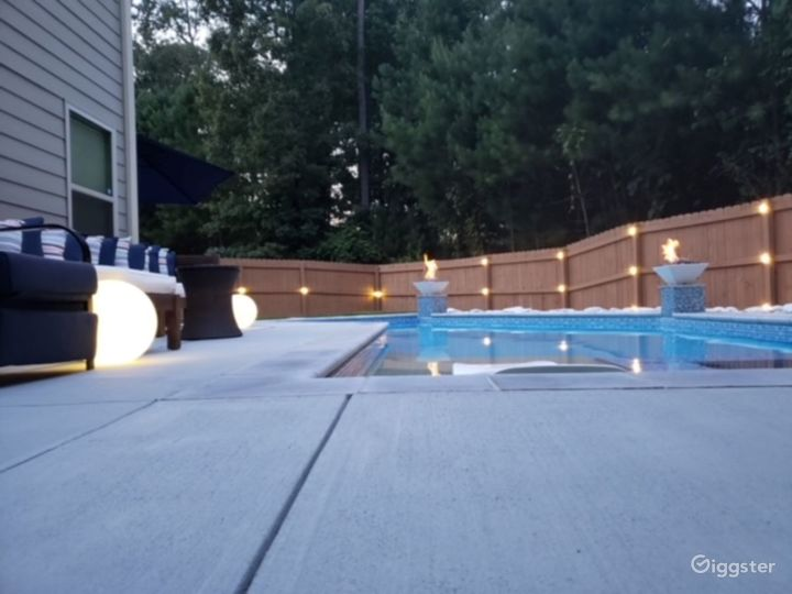 2021 Newly build backyard Oasis Photo 5