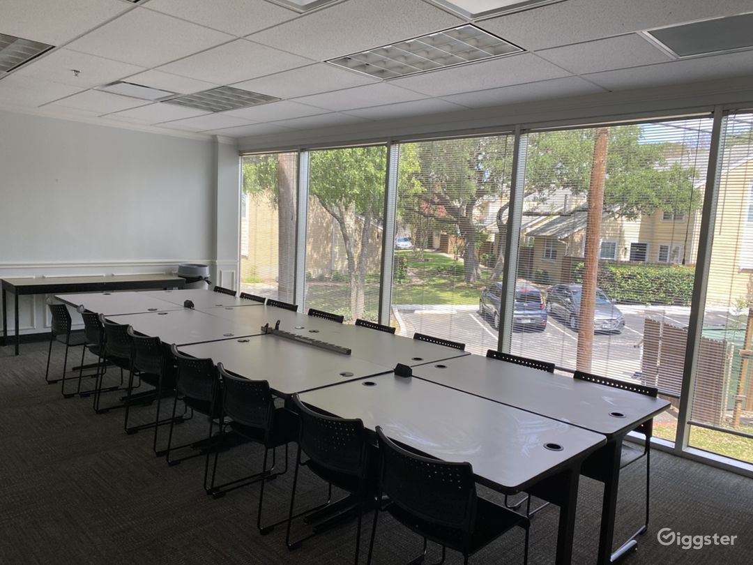 Espresso-Training Room with Wooded Exterior Views Photo 1