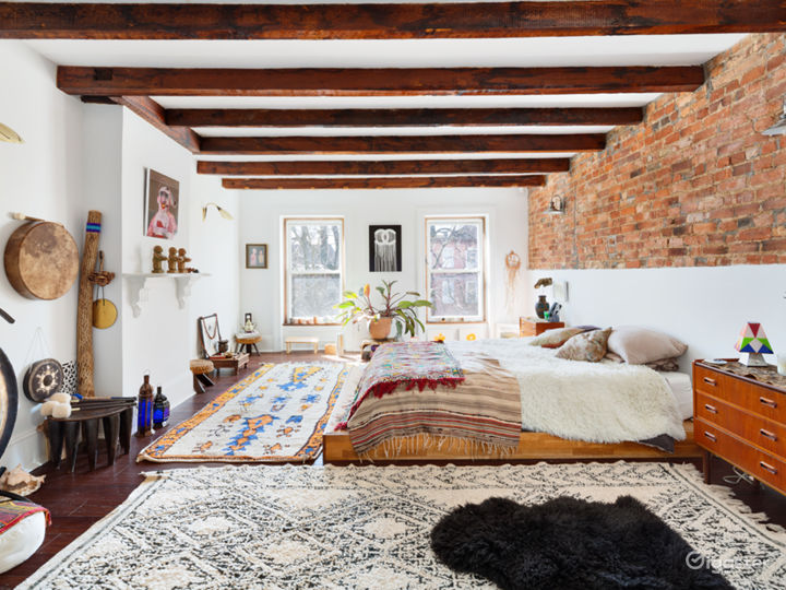 3,800 sq./ft. vivacious bohême 4-story brownstone