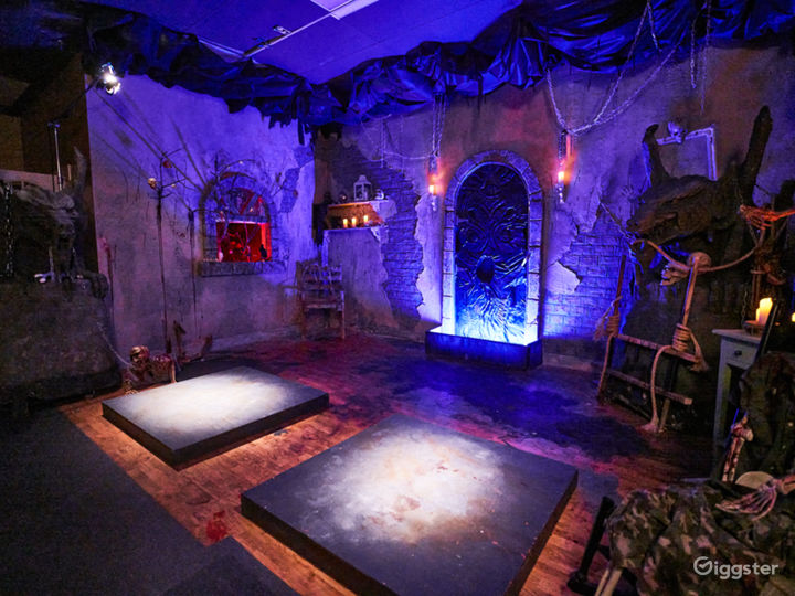 Horror Scary Demonic Halloween Set Photo 4