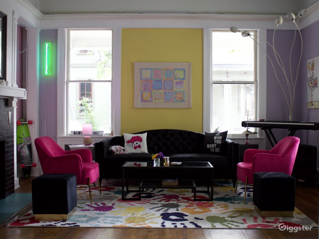 """Front """"rainbow"""" room. Ideal for small business meetings or gatherings."""
