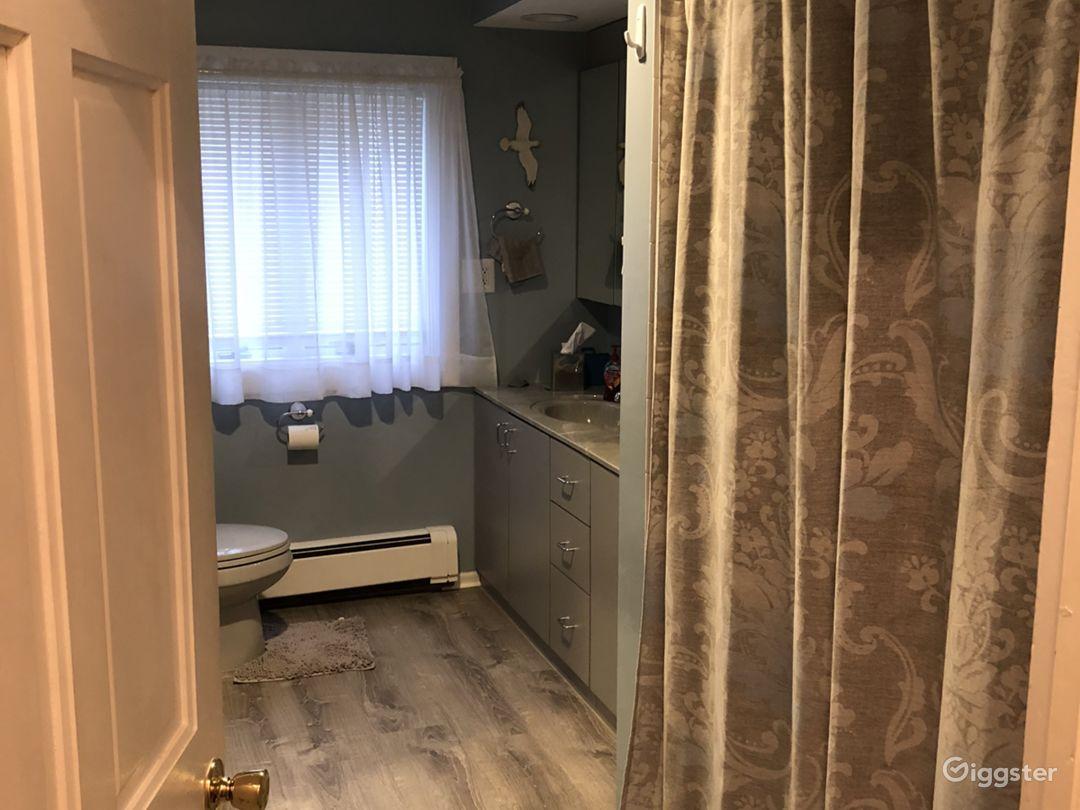 double sink large bathroom