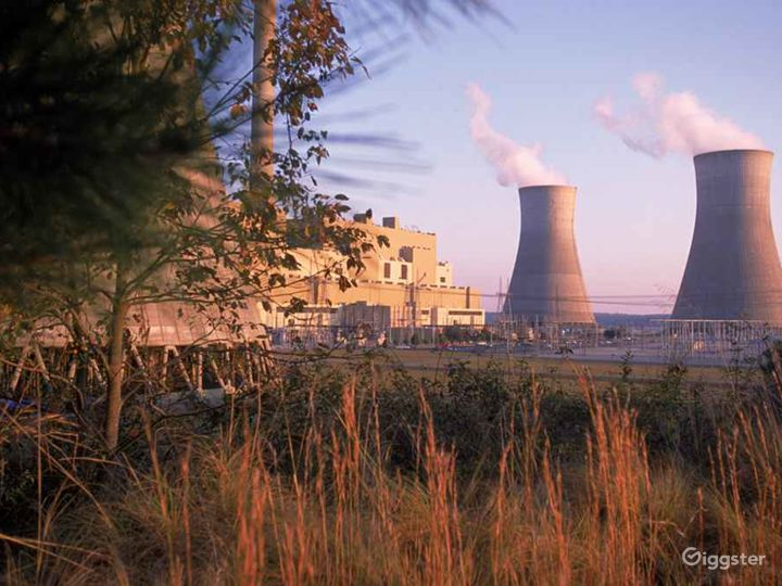 Coal fueled power plant in Monroe County Photo 4