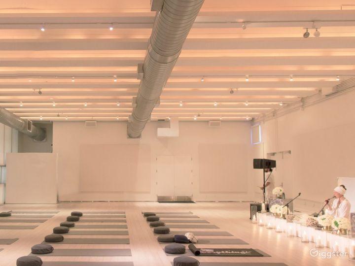 Contemporary Interior Space Photo 4