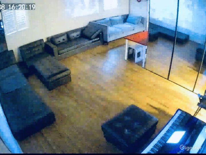 Entertainment Live Location Photo 5