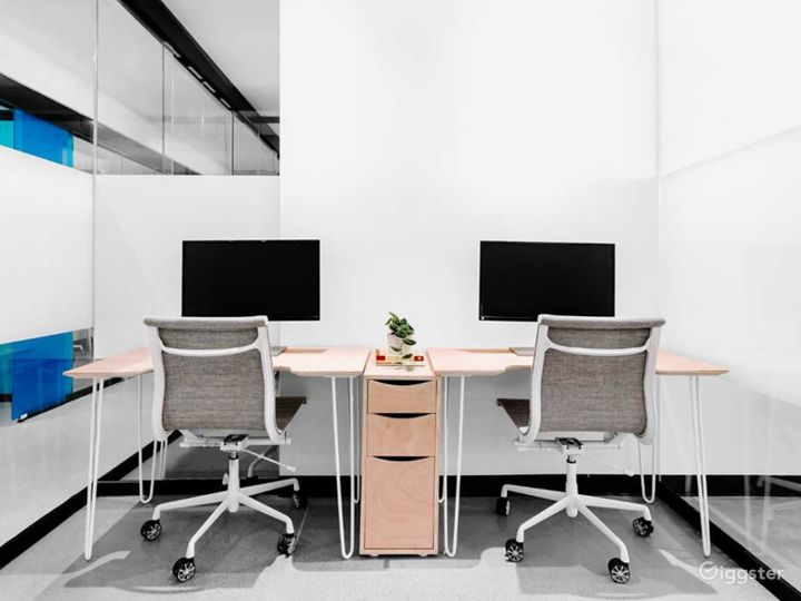 Fully Furnished Serviced Office in Denver Photo 3