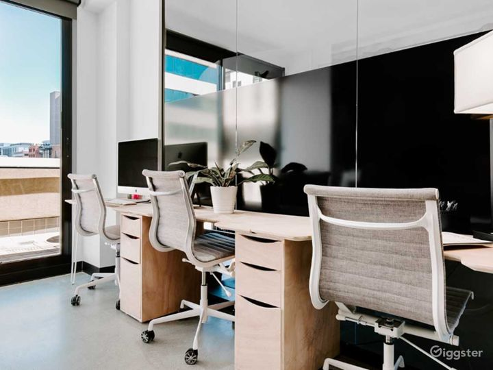 Fully Furnished Serviced Office in Denver Photo 4