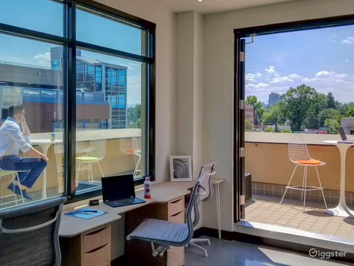 Fully Furnished Serviced Office in Denver Photo 5