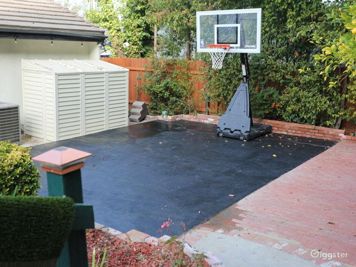 Basket ball half court