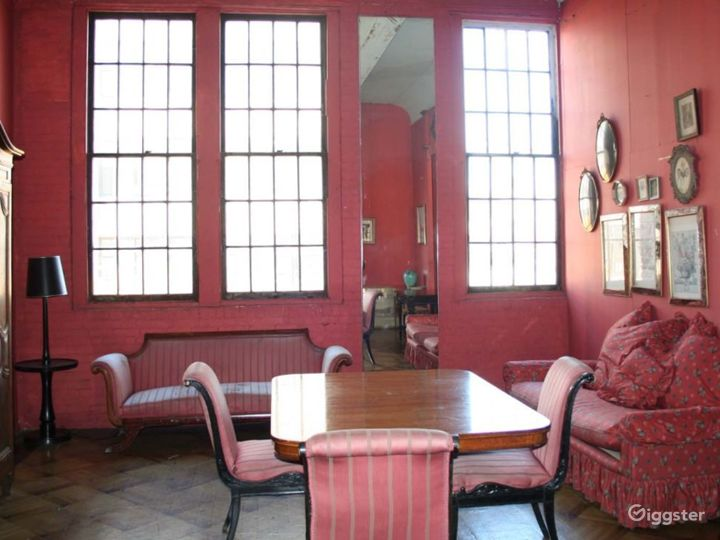 Boho/industrial loft with props: Location 1737 Photo 3