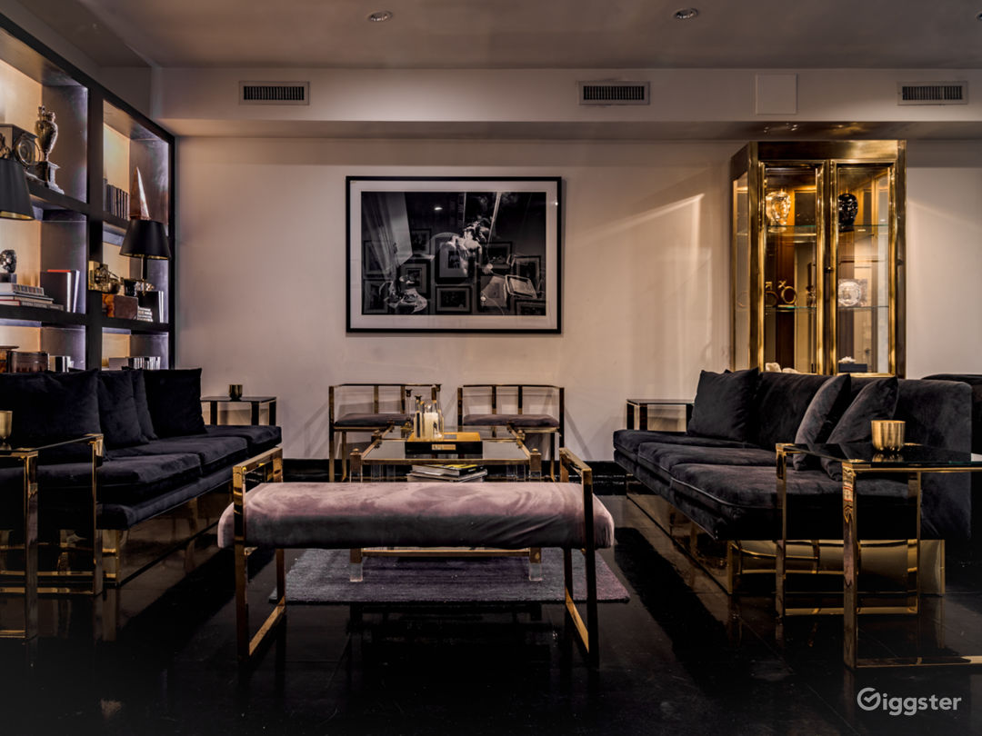 Classically Elegant 5000 sqft Soho Duplex Photo 5