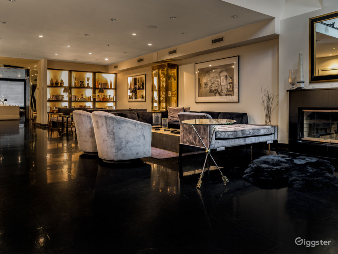 Classically Elegant 5000 sqft Soho Duplex Photo 2