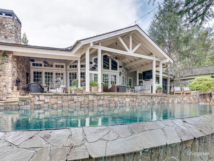 Custom Estate set on over 8 Acres & Infinity Pool Photo 5